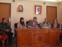 L'Ajuntament d'Amposta signa els convenis amb les ONG que donen ajudes alimentàries