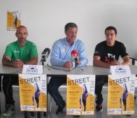 Els millors saltadors de perxa prenen el carrer a Amposta en la primera prova urbana en 10 anys a tot l'estat