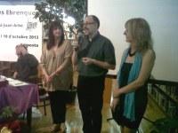 Jesús Tibau rep el premi al Mèrit de les Lletres Ebrenques que atorga la Biblioteca Sebastià Juan Arbó