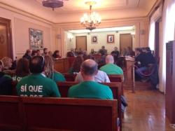 El ple de l'Ajuntament d'Amposta aprova per unanimitat sancionar els bancs i grans empreses que tinguin immobles desocupats