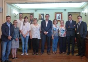 L'Ajuntament d'Amposta signa els convenis de col·laboració amb les associacions de malalts d'Alzheimer i Fibromiàlgia.