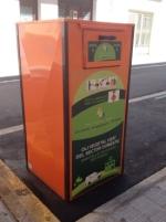 L'Ajuntament d'Amposta inclou la recollida d'oli domèstic a les illes de contenidors