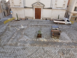 Finalitzen les obres de remodelaci� del carrer Major i la Pla�a de l�Ajuntament amb la instal�laci� del mobiliari